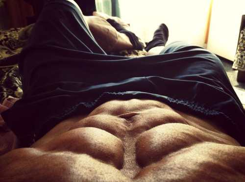 get abs after gaining muscle mass